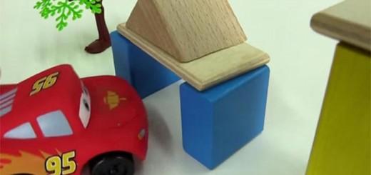 Disney-Cars-Toys!-Groß-und-Klein---Lernen-mit-Spielzeugen